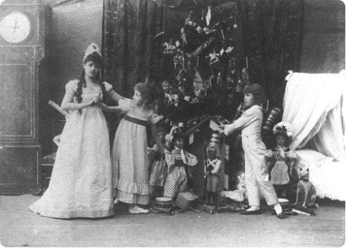 The Original Cast of the Nutcracker on Flee Fly FLown
