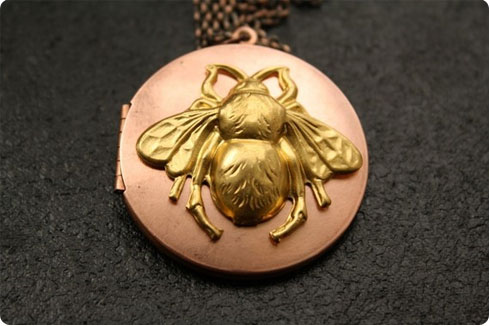 Vintage Bumble Bee Copper Locket on Flee Fly Flown