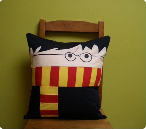 Harry Potter Pillow Friend on Flee Fly Flown