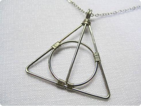 The Deathly Hallows Necklace on Flee Fly Flown